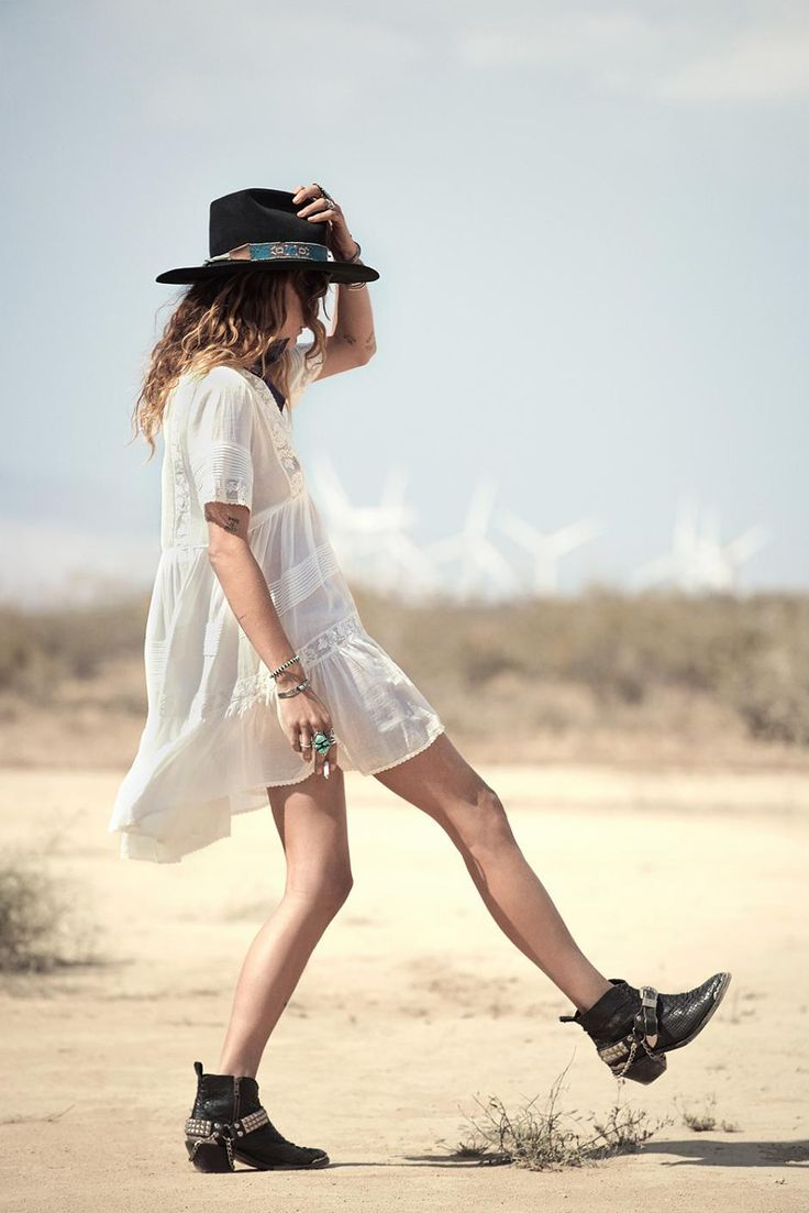 Erin Wasson hits the Sunset Road for Spell & the Gypsy Collective - Fashionising.com