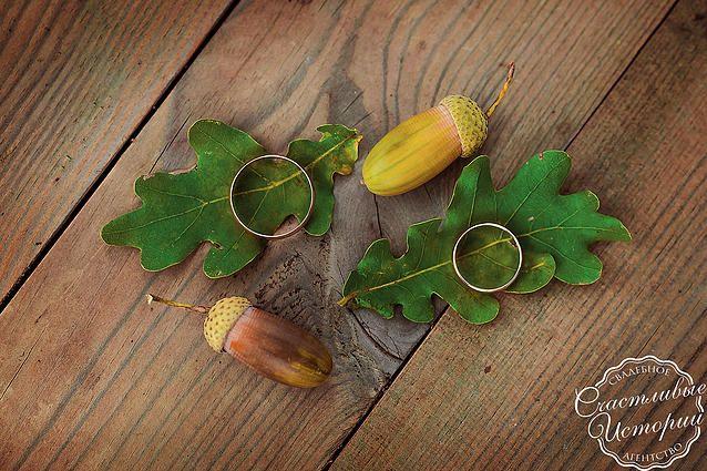 """Wedding rings, свадебные кольца Лиловая свадьба в Абинске Организация свадьбы: свадебное агентство """"Счастливые истории""""  #happystorieswed #wedding #lilac"""
