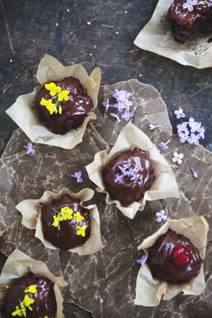 Choklad & zucchinimuffins med kardemumma