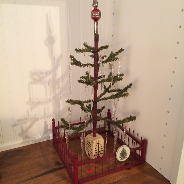 how to put icicles on christmas tree