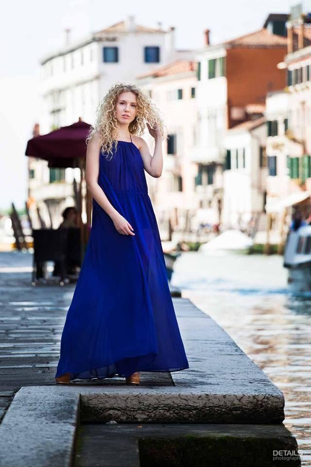 la faux rouge a Venezia