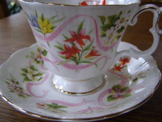 Royal Albert Canada Our Emblems Dear Tea Cup & Saucer by antic354
