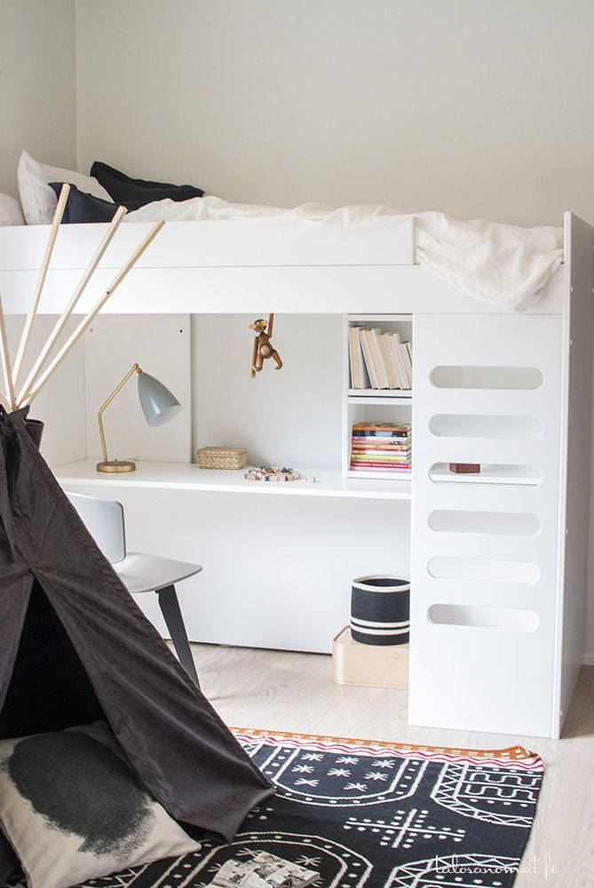 Bright and modern #kids bedroom with #bunk bed and #teepee tent