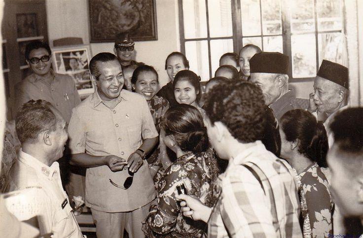 soeharto-245 | Presiden Soeharto sering incognito. Berkunjun… | Flickr