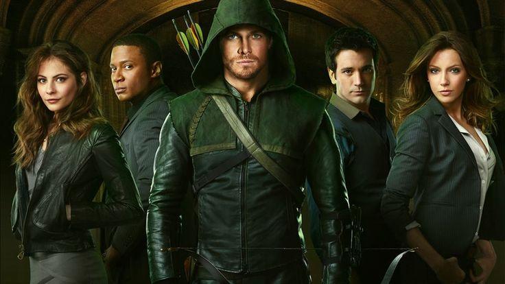 Esperando a 2ª temporada de Arrow
