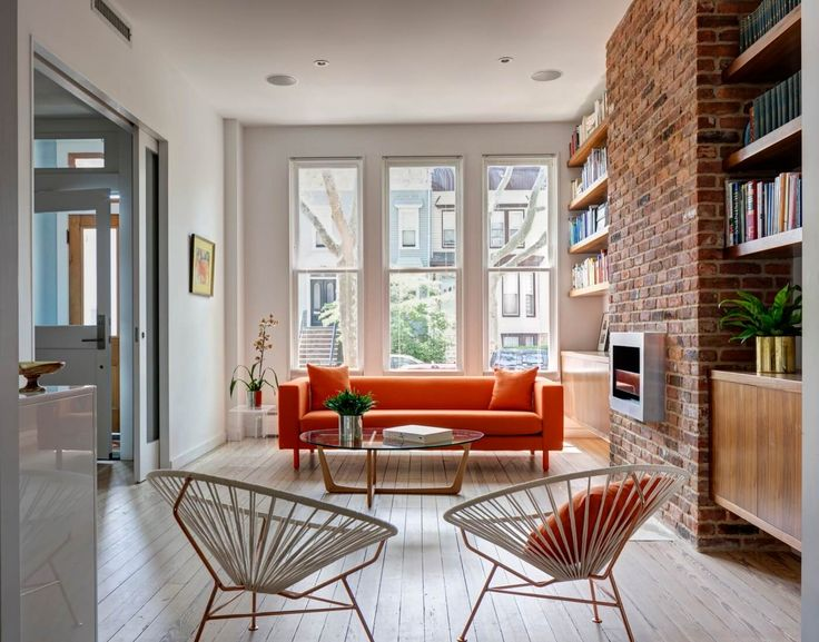 living room cafe by eplus %e3%83%a1%e3%83%8b%e3%83%a5%e3%83%bc window coverings ideas 15 best townhouses images on pinterest terraced house the new owners of a potentially sweet wood frame rowhouse swathed in vinyl siding