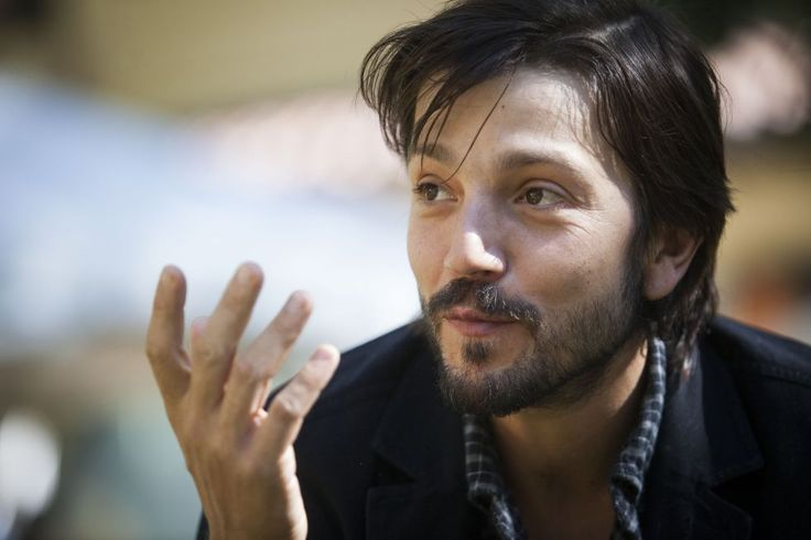 The new Scarface film loses Antoine Fuqua, but gains Diego Luna | Live for Films