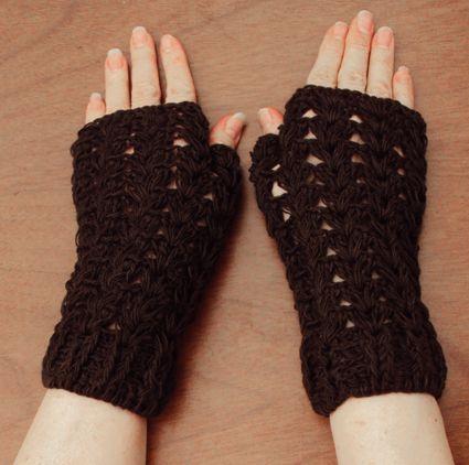 $15.000 COP Mitones cortos tejidos en crochet
