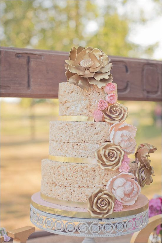 rice crispie cake | rustic chic wedding ideas | dessert table ideas | #weddingchicks