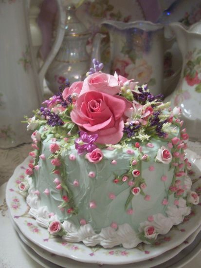 (TheQueenHerself) SHABBY COTTAGE PINK ROSE DECORATED FAKE CAKE CHARMING!!
