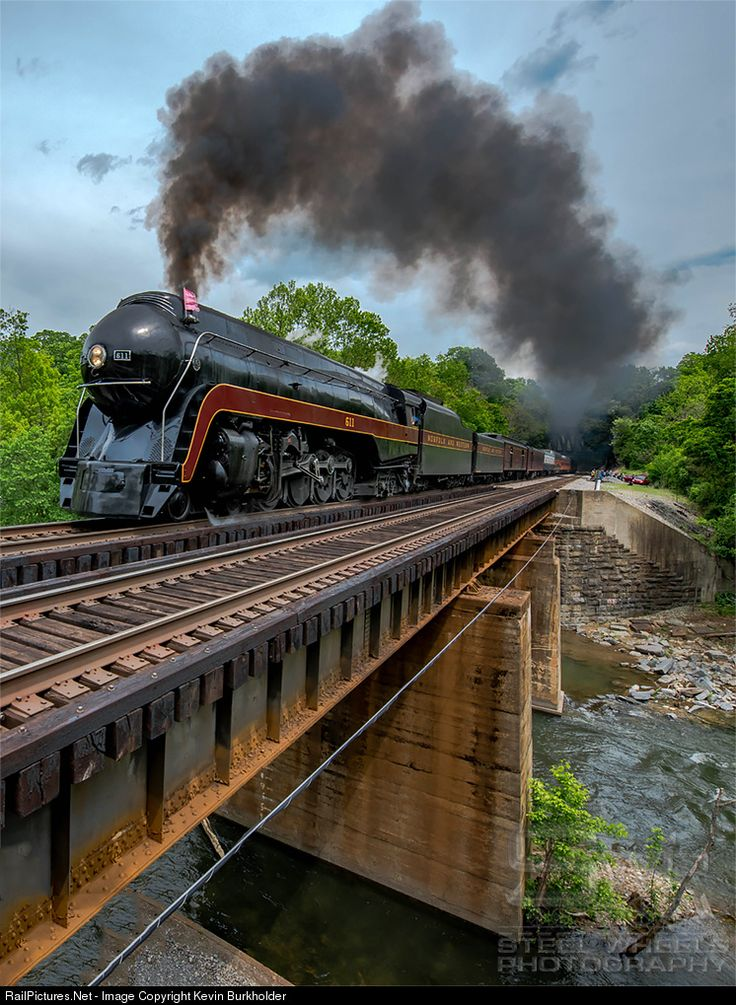 17 best images about railway on pinterest ontario train for Railpictures