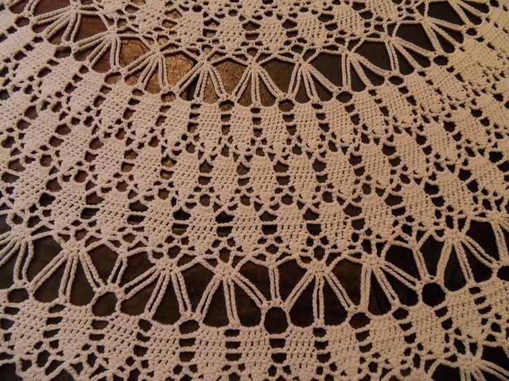 Okrągły Obrus szydełkowy 200cm *701B* (Antyki i Sztuka Tkaniny Obrusy)