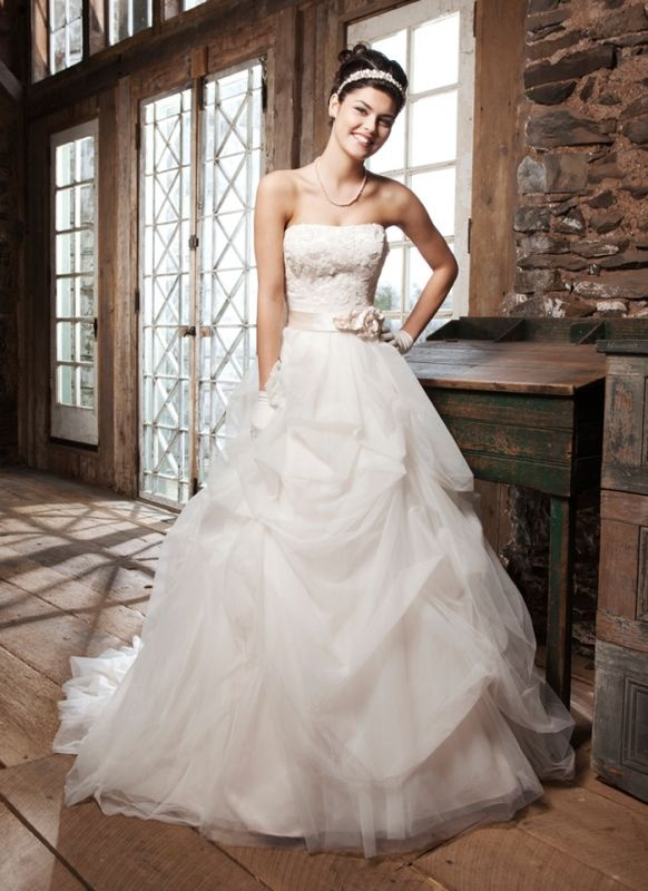 Simple  Wedding Dresses That ull Restore Your Faith In Marriage