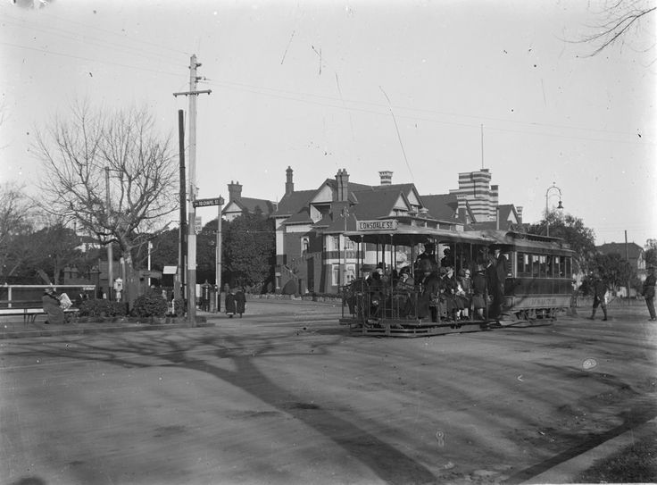 Cable tram at the junction of St Kilda Road and High Street, Melbourne, 1910…