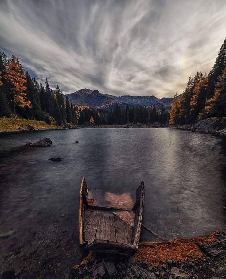 Wir wünschen euch einen entspannenden und angenehmen Donnerstag. Wir haben ein wunderschönes Bild vom Obernberger See das wir euch nicht vorenthalten möchten.  Es wurde geschossen von @__landscape_photographer__ #tirol2050