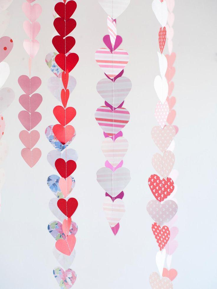 DIY Valentineu0027s Day Paper Heart Garland 130