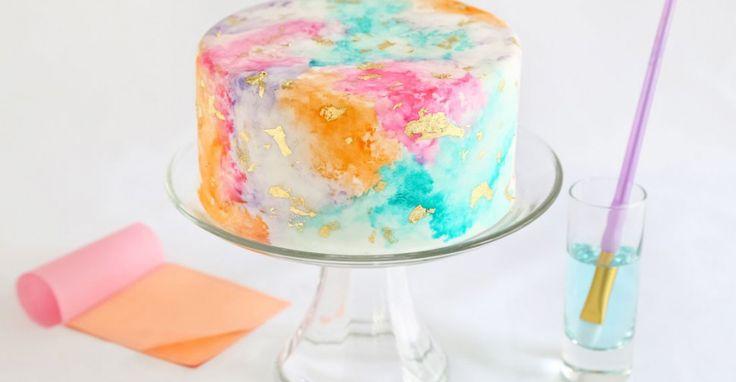 Yummy! Verwen jezelf met deze prachtige aquarel taart