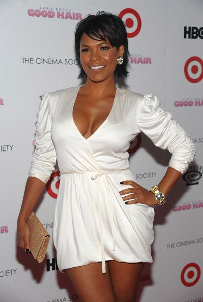 Nia Long, natural bod, gorgeous, bob, straight hair, beautiful skin.