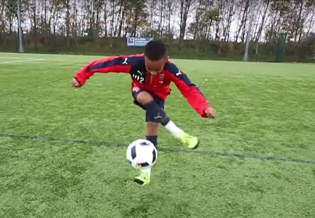 VIDEO: Arsenal's Under-12 starlet Omari Hutchinson shows his incredible skills