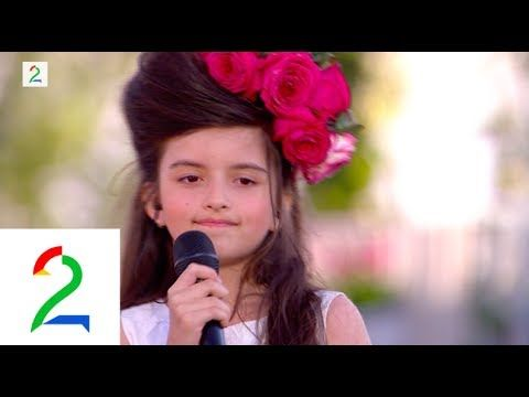 """Little Songstress  -  Angelina Jordan 8 years old 2014, singing """"What a Difference a Day Make"""""""
