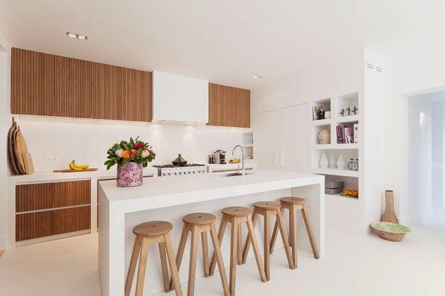 Cocina en blanco y madera - White & wood kitchen