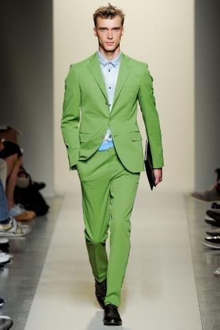 Купить зеленый мужской костюм