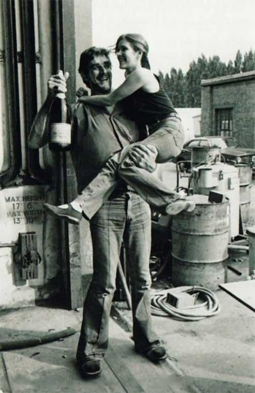 Chewbacca Actor Peter Mayhew Shares A backlot, a bottle of wine, and the ever alluring CarrieFFisher. The rest of this set stay in the archive :)