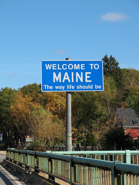 MaineBuckets Lists, Life, Maine I, Travel Photos, Street Signs, Moving Trucks, Welcome To Maine, Maine Th, Wonder States