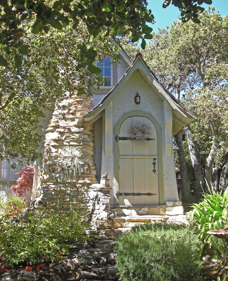 Best 25+ Small Cottages Ideas On Pinterest