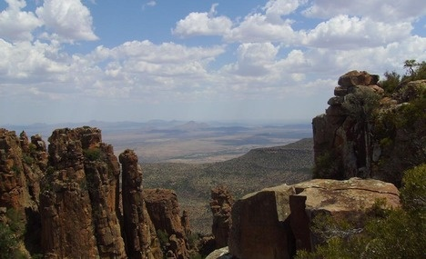 Visit the Valley of Desolation situated within the Camdeboo National Parks.  The Valley of Desolation is the place remembered for the most beautiful views in all of the Karoo.    We recommend that you visit the Valley of Desolation & stay to watch the sunset!    For more information on the Valley of Desolation outside of Graaff-Reinet visit http://www.camdeboocottages.co.za/index.php/visit-the-valley-of-desolation    #travel #karoo #accommodation #Camdeboo #EasternCape #GraaffReinet