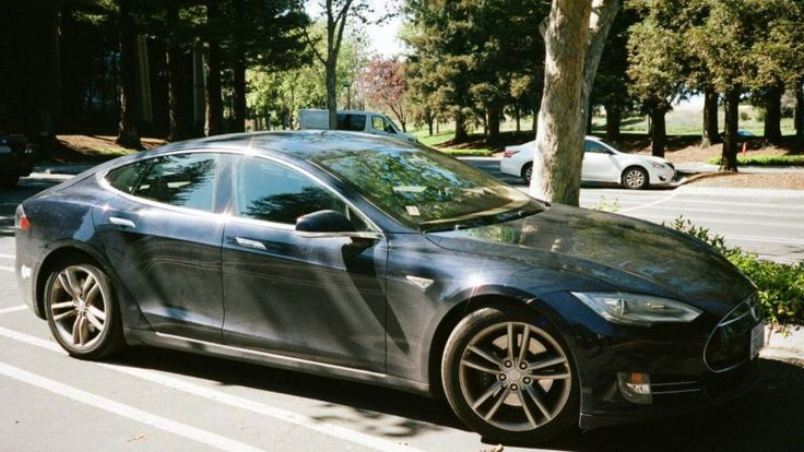 Tesla Model S doors wouldn't unlock as driver burned to death inside, lawsuit alleges  – News from My Amigo
