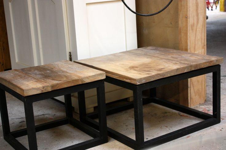 salontafel stalen onderstel blad gerecycled teak | ars-longa