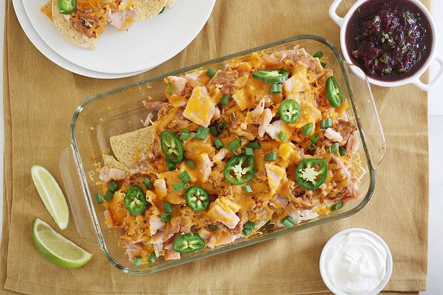 Gotta ♥ Leftovers :) Got turkey? Stuffing? Cranberries? We can help with these 7 creative and delicious recipes for Thanksgiving leftovers