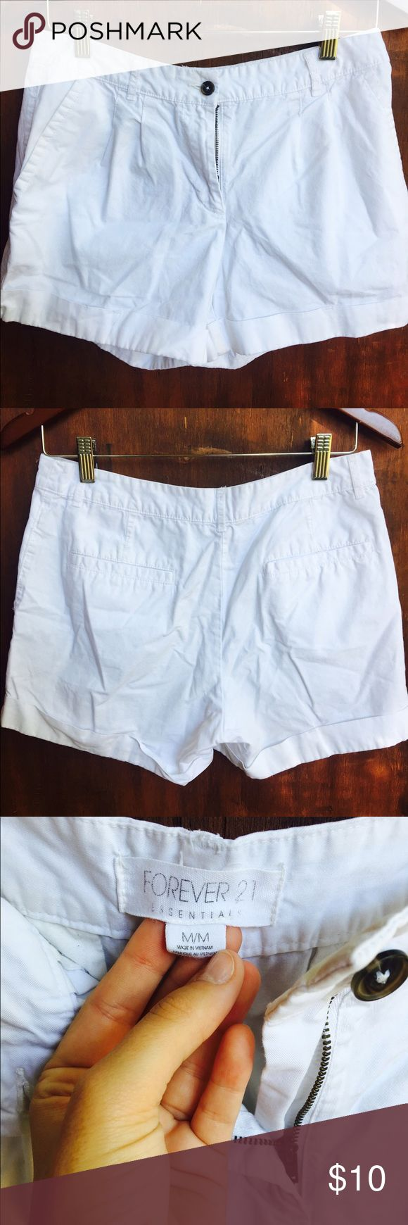 White Shorts ONE WEEK FLASH SALE ‼️ on 5/17 i am taking EVERYTHING to the local Platos and donating what they dont take. which means im ACCEPTING most OFERS!              NOW OR NEVER.                          BUNDLE this with another item to save! These are in great condition! Never put in the dryer. Smoke free pet free home. Theyre too big on me now. Cute and preppy white shorts. They have pockets and fit similar to the j crew chino shorts. Cheaper on Ⓜ️ercari Forever 21 Shorts