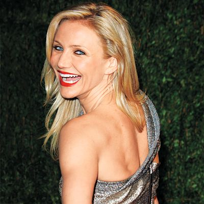 """Work on Your Back Muscles  A strong back like Cameron Diaz's is critical to good posture, which in turn sucks in stomach pooch. For instant slimming, """"imagine your spine as an elevator going up,"""" and lift our rib cage up and away from hips, says trainer Ellen Barrett."""