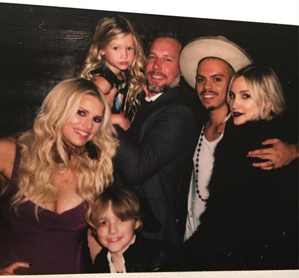 Jessica Simpson & Ashlee Simpson Ross Celebrated New Year's Holiday Together, Appear in Sweet Family Photo  Jessica Simpson, Eric Johnson, Maxwell Johnson, Ace Johnson, Ashlee Simpson Ross, Evan Ross