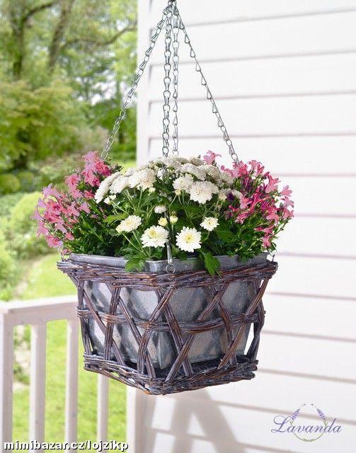 Ozdobný květináč na bylinky květiny