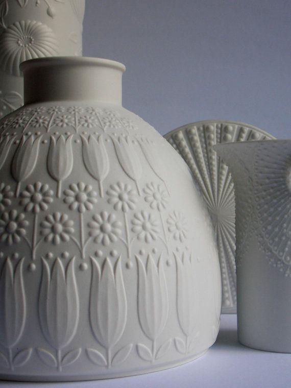 XL version of Heinrich Nanny Still Vase tulip design