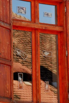 Image Emotions: Sibiu - the old city; old window with old photos
