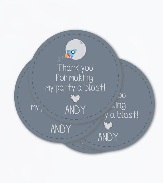 Space rocket birthday party or baby shower printable favor tags for astronauts and spaceshipd themed parties.  Thank you card perfect to use in your