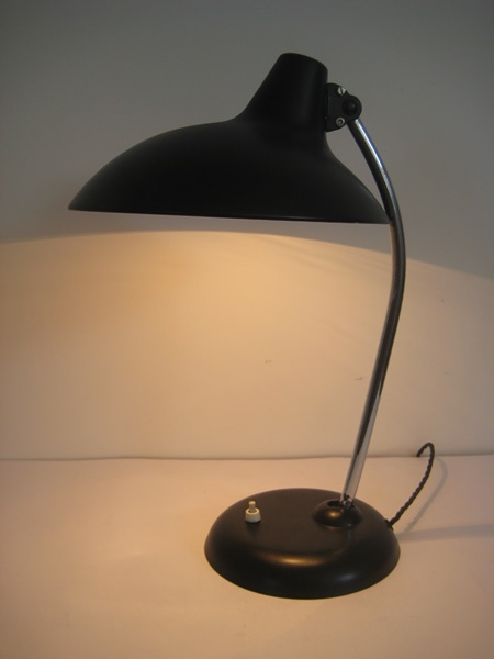 :: 1950s German desk lamp by Kaiser - with adjustable shade (230£) ::