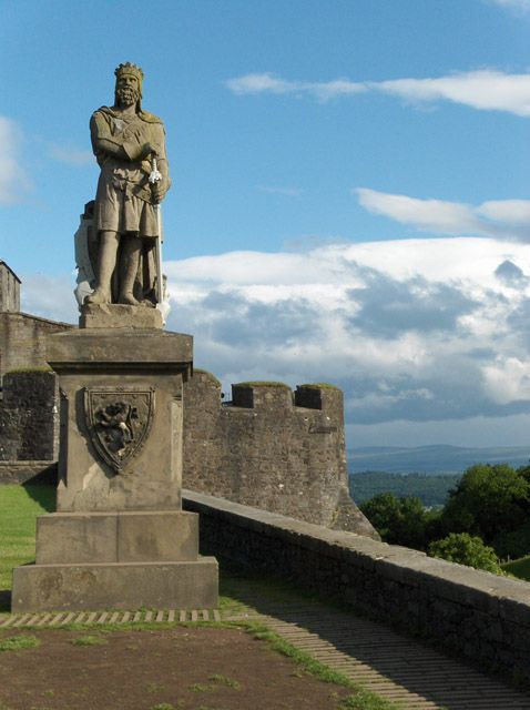Robert the Bruce, Stirling Castle by Andrew Smith, via Geograph