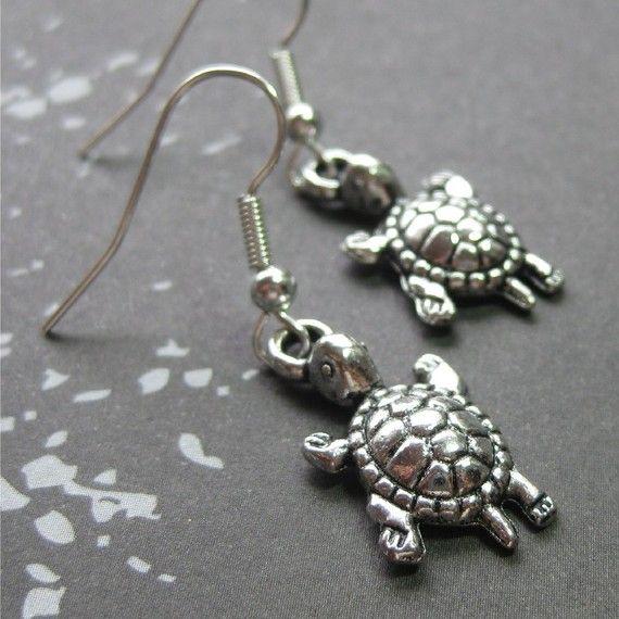 Silver turtle earrings by planettreasures on Etsy