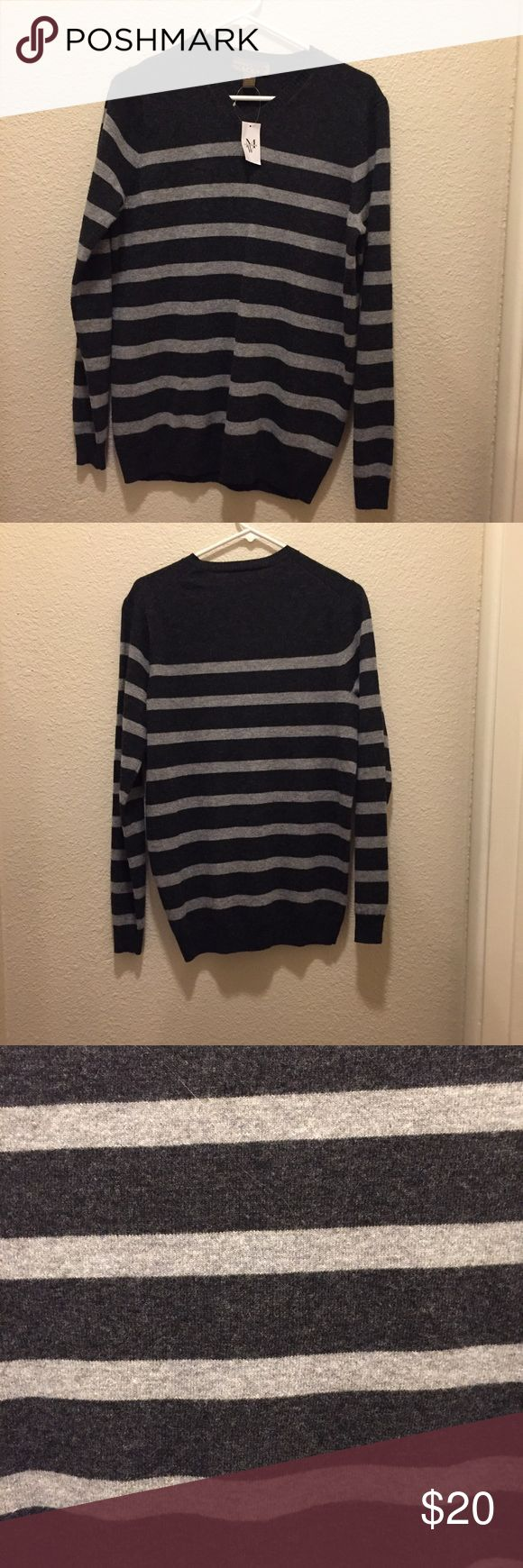 Gray Striped sweater NWT Vneck sweater. pronto uomo blue is a men's wear house brand. Pronto Uomo Blue Sweaters V-Neck