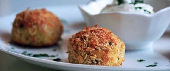 """Crocchette di merluzzo al forno. Dal blog """"La via delle spezie"""", un'idea sfiziosa e leggera per chi ama il pesce in tutte le forme!"""