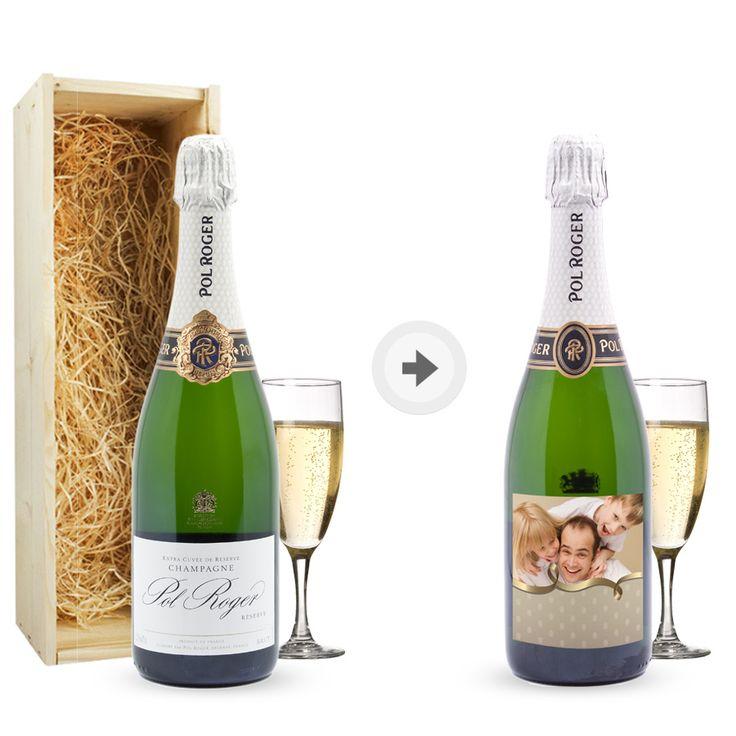 Einladung zur Silvesterparty, gedruckt auf ein persönliches Etikett der Champagnerflasche