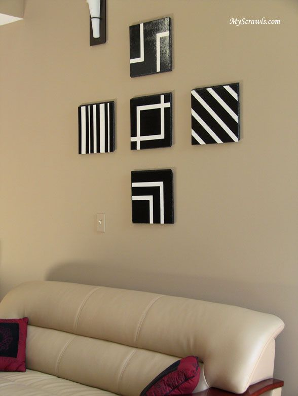 Charmant Black And White Wall Decor   Would Arrange Differently.