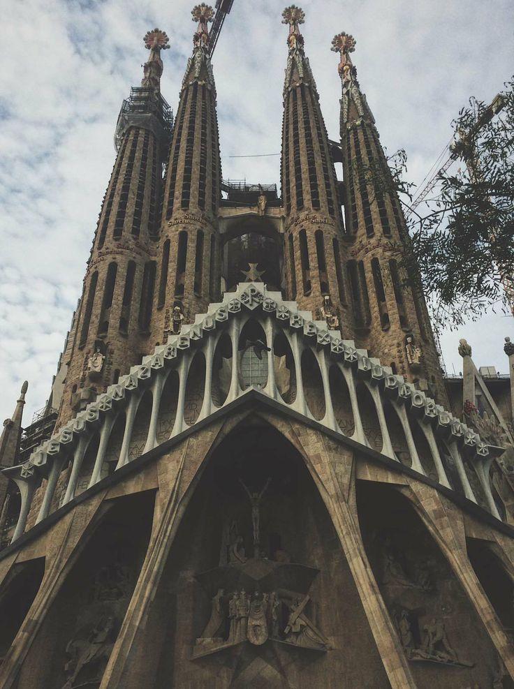 Can't get enough of thie #beauty #sagradafamilia #gaudi #church #beautifuldestinations #barcelona
