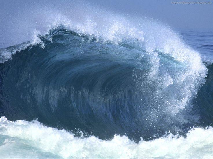 Meren aallot - lataa taustakuvia: http://wallpapic-fi.com/luonto/meren-aallot/wallpaper-3038