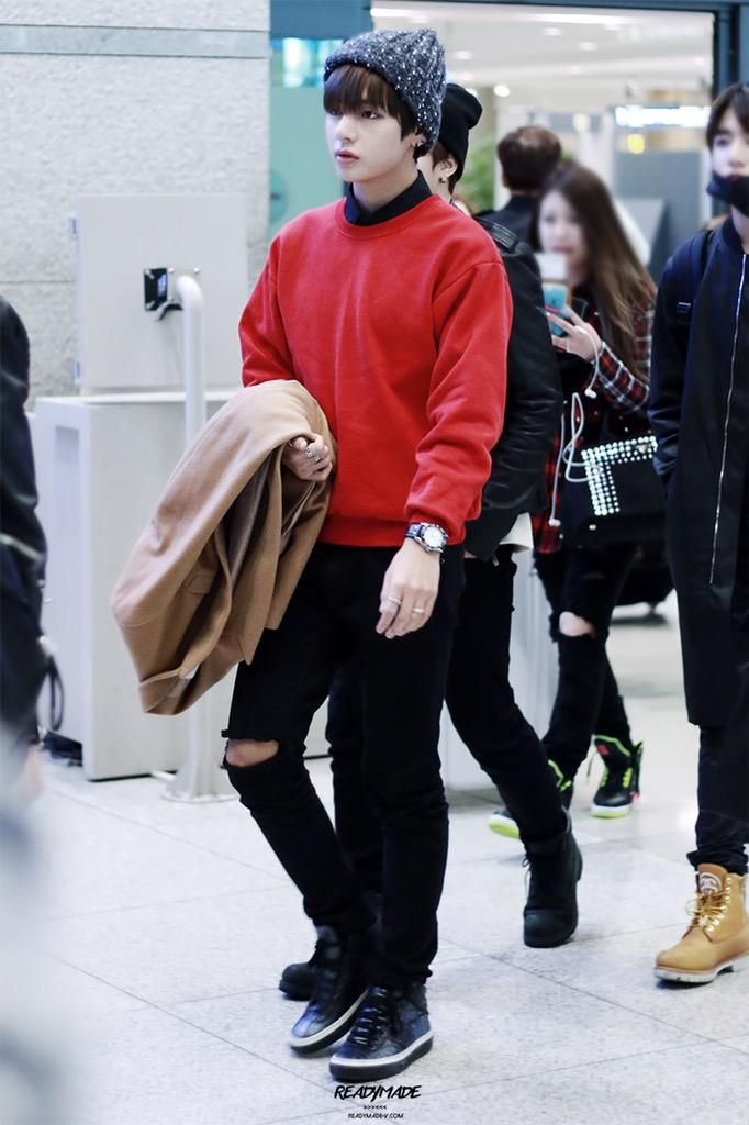 Bts Airport Fashion And Airports On Pinterest